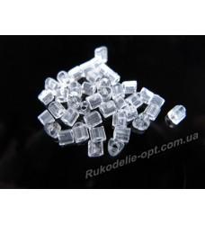 Бисер ювелирный 8/0 прозрачный № 1-25 — треугольник