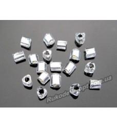 Бисер ювелирный № 3-12 треугольник крученный 8/0 серебро 500 грамм