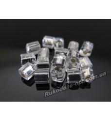 Бисер ювелирный 6/0 серебро № 3-8 — квадрат с круглой дырочкой