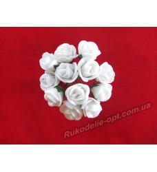 Цветок Роза маленькая цвет белый
