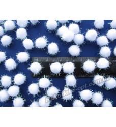 Помпоны мягкие с люрексом белого AB цвета 15 мм.