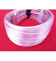 Ободок для волос метал с розовым атласом 5 мм.