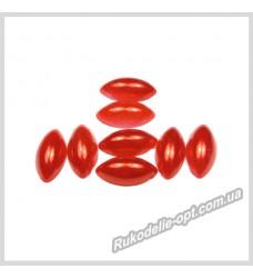 Полубусины из акрила маркиз красные 6*12 мм.